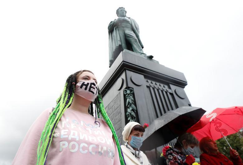 تظاهرات علیه ریاست مادام العمر پوتین، دستگیری صدها نفر در روسیه